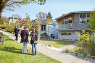 2015 Vancouver Special House Tour. Credit Martin Knowles for VHF.
